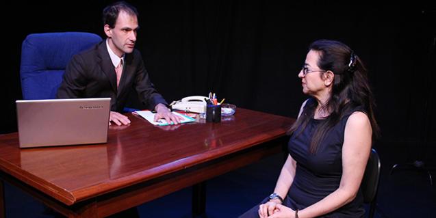 'Selecció de personal' està interpretada per Jordi Gispert i Helena Partiente