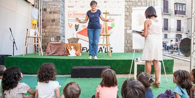 Contacontes a la Setmana del Llibre en Català