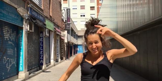 Una imagen de una de las bailarinas entrevistadas en el documental