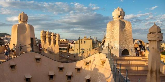 Fotografía de la terraza de la Pedrera