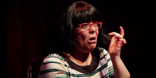 M. Eugènia Casanova en un moment de l'espectacle