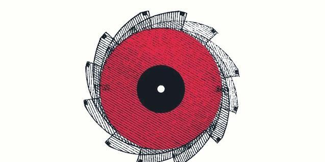 Una rueda mecánica en forma de ojo es el emblema del festival