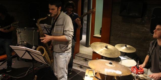 Ils membres del quartet de jazz contemporani