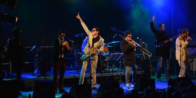 Una imagen de la banda en plena actuación