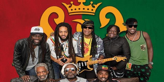 Retrato de grupo de la formación de reggae