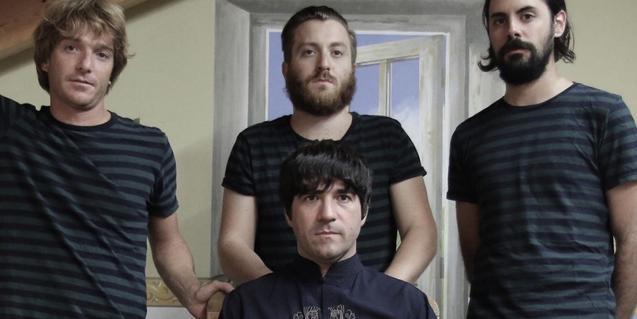 Retrato de grupo de los cuatro componentes de Tokyo Sex Destruction