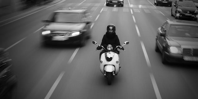 Imatge de trànsit a un carrer de Barcelona