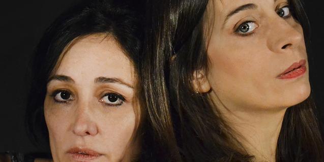 Retrat de primer pla de les dues actrius protagonistes