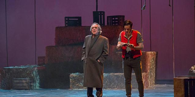 Arnau Tordera, a la derecha, es el compositor de la banda sonora de la ópera rock