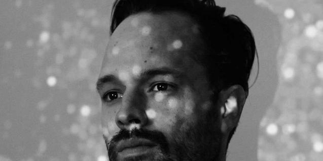 Yeyey, la nueva personalidad musical del norteamericano Ben Shepard