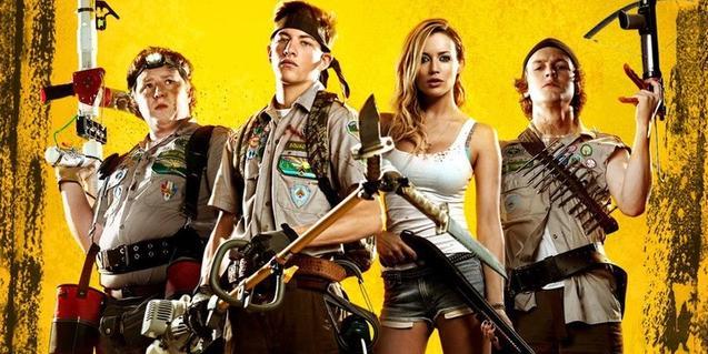 Tres nois i una noia armats per combatre els zombies