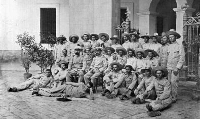 El destacament espanyol del Setge de Baler, fotografia del Museu de l'Exèrcit