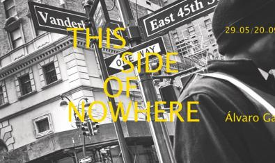 Una de las imágenes de la exposición muestra a un hombre en una calle de Nueva York