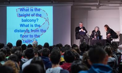 Imagen de un acto de la Bienal
