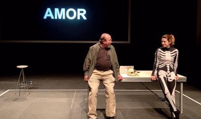 Pep Cruz and Alba Pujol in 'Aquest país no descobert'