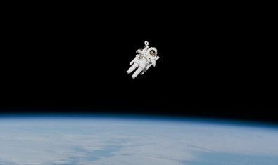 Imatge d'un astronauta a l'espai