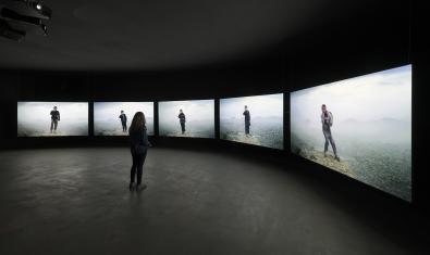 L'exposició d'Aziz Hazara a la Fundació Antoni Tàpies