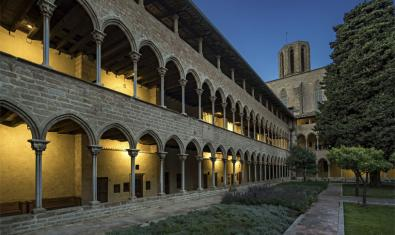 Cloister of the  Reial Monestir de Santa Maria de Pedralbes