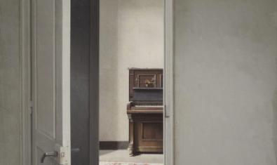 'Interior con piano'