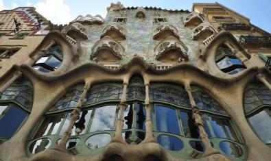 La ruta 360º de la Casa Batlló us permet visitar tot l'edifici des de casa vostra