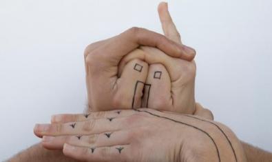 'Casa hecha a mano', fotografia de Lai Díez Roig triada per al cartell de l'exposició