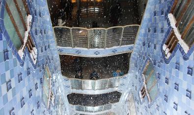 Snow  at Casa Batlló