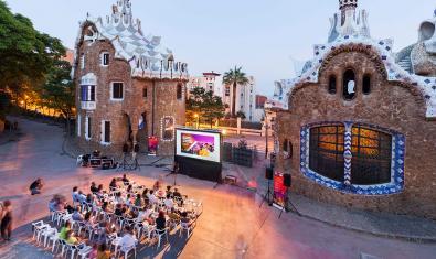 A cinema session in Park Güell organized by MUHBA