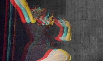 La imatge d'una artista de circ en plena actuació al cartell que anuncia la proposta