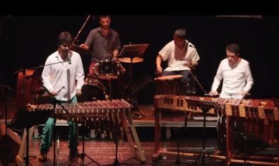 Un moment del concert de marimbes recollit al vídeo que podeu veure a YouTube