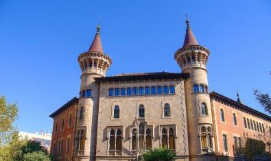 Fachada del Conservatorio Municipal de Música de Barcelona (CMMB)