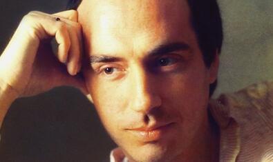 Lluís Llach en la contracubierta del disco 'T'estimo'