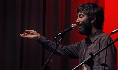 Danilo Facelli, presentador del cabaret