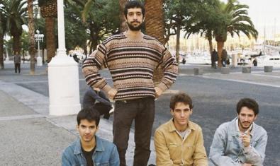 Retrato en exteriores de los integrantes de la banda mallorquina