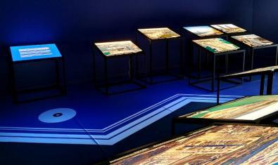 Una part de l'exposició 'La línia de costa de Barcelona'