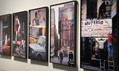 Varios cuadros expuestos en La Pedrera.