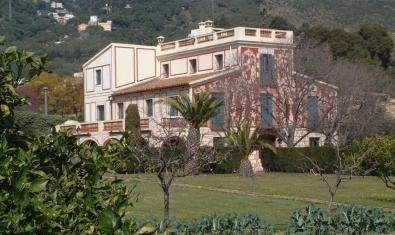 The Pedro i Pons Estate