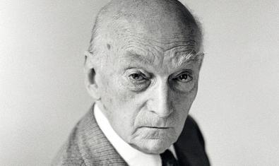 El compositor Frederic Mompou l'any 1977, retratat per Antoni Bernad