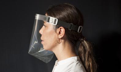 Pantalla de protección de acetato Gracia Mask, de Joan Ayguadé. Foto:@chojnacka