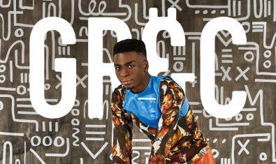 Un joven de origen africano retratado en uno de los carteles que anuncian la edición de este año del Festival de Barcelona