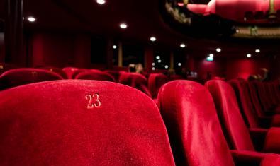 Patio de butacas de un teatro vacío