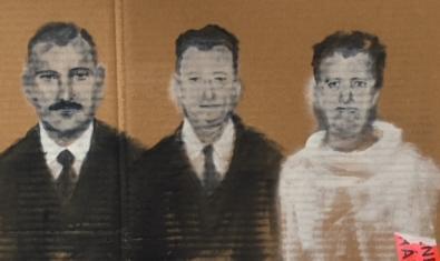 Una de las pinturas de Mauro Valentí muestra a tres hombres con los rostros desdibujados