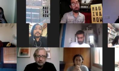 Los participantes durante una de las conversaciones del ciclo en una pantalla de multiconferencias