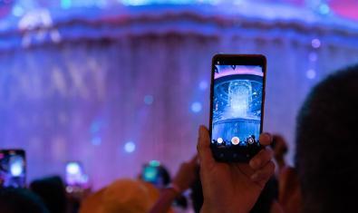 Mòbil fent una gravació de vídeo