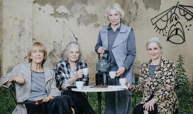 De izquierda a derecha, Imma Colomer, Lurdes Barba, Muntsa Alcañiz y Vicky Peña