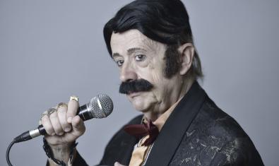 """Andrés Villarrosa, el """"cantant melòdic del trémolo metòdic"""""""