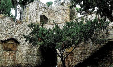 Puerta de Santa Madrona