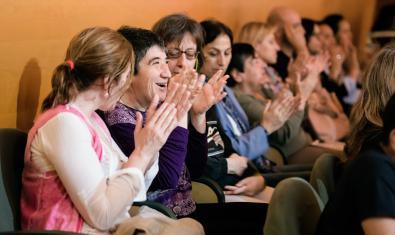 Varios espectadores en el Auditori en una anterior edición de la Semana Apropa Cultura