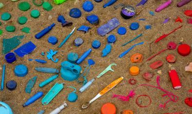 Plàstics al mar