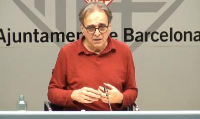 El concejal Joan Subirats durant la sesión en línea para responder preguntas de la ciudadanía