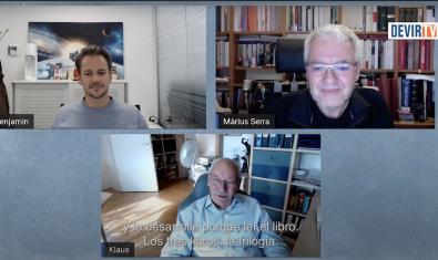 Klaus Teuber i Benjamin Teuber entrevistats per Màrius Serra